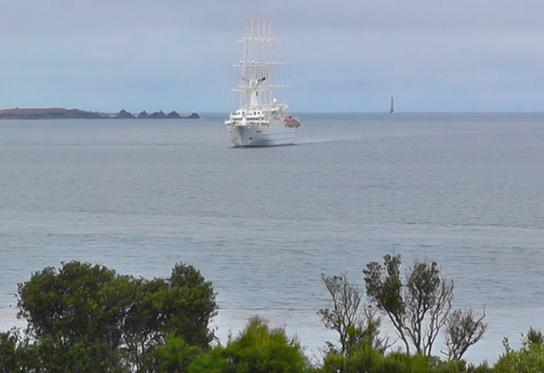 Χανιά: Το εκπληκτικό ιστιοφόρο μήκους 194 μέτρων – Η πλωτή πολιτεία που έδεσε στο λιμάνι – video