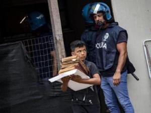 Ιταλία: Κύμα αλληλεγγύης για τον 11χρονο Ραγιάν – Μάζεψαν χρήματα για να συνεχίσει το σχολείο