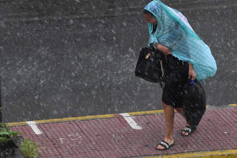 Καιρός σήμερα: Ζέστη και… βροχές – Που θα «ανοίξουν» οι ουρανοί