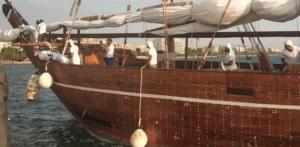 Εντυπωσιακές εικόνες από ξύλινο σκάφος – μουσείο του Κατάρ στη Θεσσαλονίκη! video