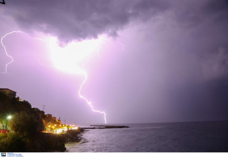 Χαλκιδική: 11 μποφόρ και 5.000 κεραυνοί σκόρπισαν τον θάνατο – Βίντεο ντοκουμέντο την ώρα της καταστροφής!