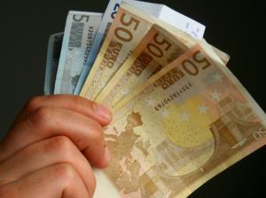 """Λαμία: Αυτός ήταν ο """"τεχνικός της ΔΕΗ"""" που βούτηξε 110.000 ευρώ από γιαγιά – Όλη η αλήθεια στο φως!"""