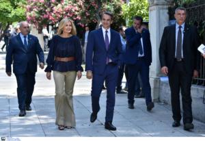 Νέα κυβέρνηση: Οικογενειακά οι υπουργοί στην ορκωμοσία [pics]