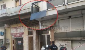 Λαμία: Παραλίγο τραγωδία με τζάμι που ξεκόλλησε από μπαλκόνι! [pics]