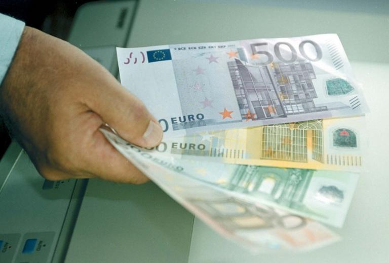 """Ρόδος: """"Δάγκωσε"""" 17 Αλβανούς και έβγαλε πάνω από 30.000 ευρώ – Η ίδια συνταγή σε όλες τις περιπτώσεις!"""