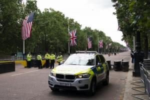Βρετανία: Βρέθηκε αυτός που διέρρευσε τα μυστικά έγγραφα του πρέσβη στις ΗΠΑ