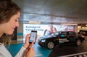 Το πρώτο πλήρως αυτοματοποιημένο πάρκινγκ δοκιμάζουν Daimler και Bosch [vid]