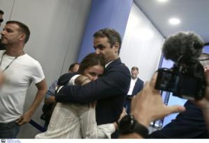 Εκλογές 2019 – Οι συγκινητικές στιγμές Μητσοτάκη με τα παιδιά του [pics]