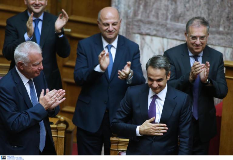 Τα πρώτα νομοσχέδια της κυβέρνησης Μητσοτάκη – Πώς πήρε ψήφο εμπιστοσύνης στη Βουλή