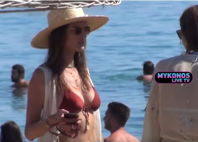 Μύκονος: Η βασίλισσα της παραλίας – Θάμπωσε μικρούς και μεγάλους με τις τέλειες αναλογίες της – video