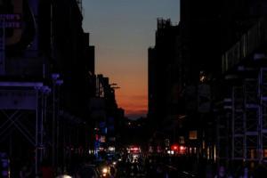 Νέα Υόρκη: Στο σκοτάδι βυθίστηκε η πόλη! Χάος από εγκλωβισμένους στο Μετρό – video