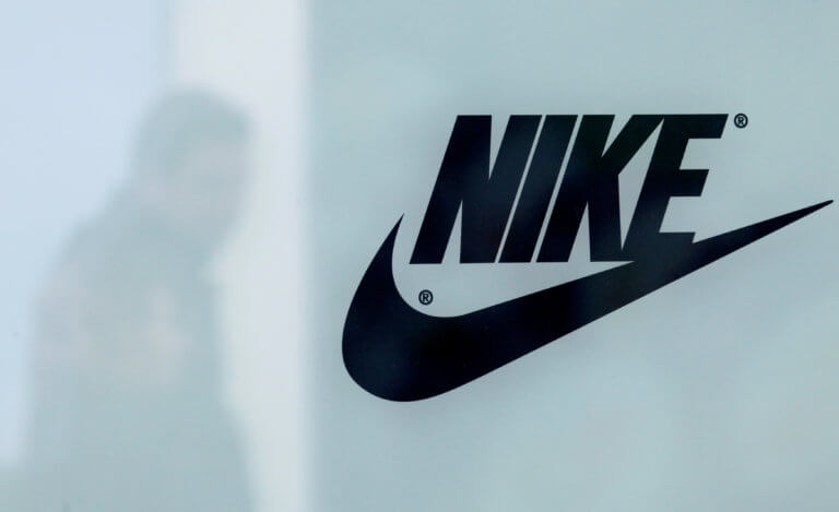 Η Nike αποσύρει άρον – άρον μοντέλο παπουτσιών [pics]