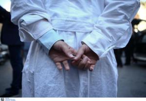 """Ηράκλειο: """"Λιώνουν"""" γιατροί και ασθενείς – Κλινικές του ΠΑΓΝΗ έμειναν χωρίς κλιματισμό στον καύσωνα!"""
