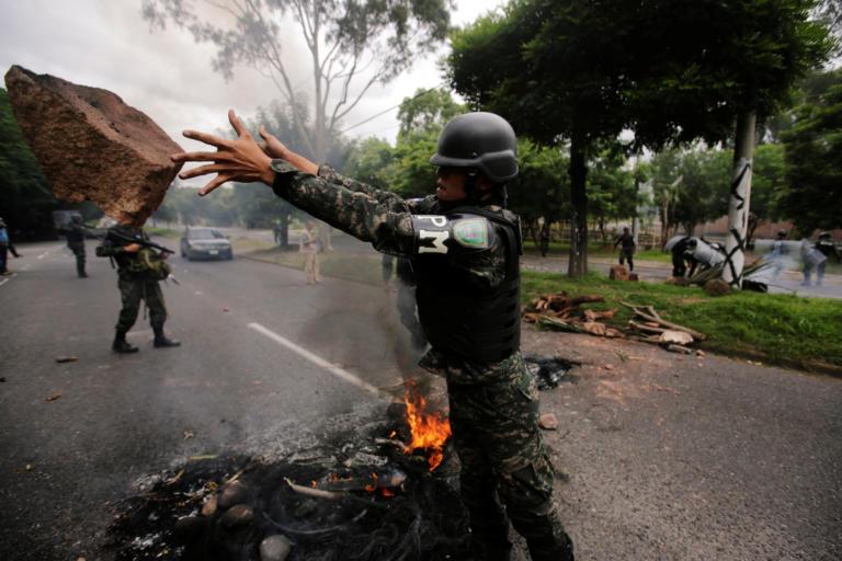 Ονδούρα: Νεκροί έξι διαδηλωτές λόγω υπέρμετρης βίας του στρατού
