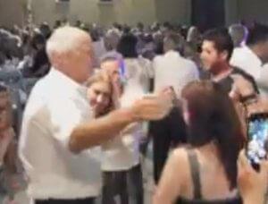 Εκλογές 2019: Ο χορός του Γιώργου Παπανδρέου στην Αχαϊα – Έτσι έβαλε φωτιά στο πανηγύρι – video