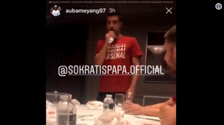 """Έπος! Ο Παπασταθόπουλος τραγούδησε Αργυρό κι ο Ομπαμεγιάνγκ """"δάκρυσε"""" από τα γέλια – video"""