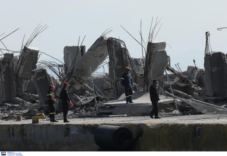 Σεισμός στην Αθήνα: Κλείνει το τμήμα του ταινιόδρομου που κατέρρευσε στον Πειραιά
