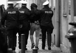 Γερμανία: Η κυβέρνηση θα ποινικοποιήσει το upskirting