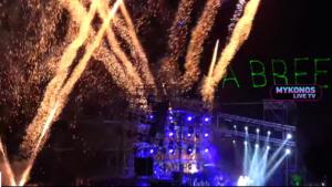 Αντώνης Ρέμος: Δεν έπεφτε καρφίτσα στη συναυλία στο Nammos παρά το… «τσουχτερό» εισιτήριο