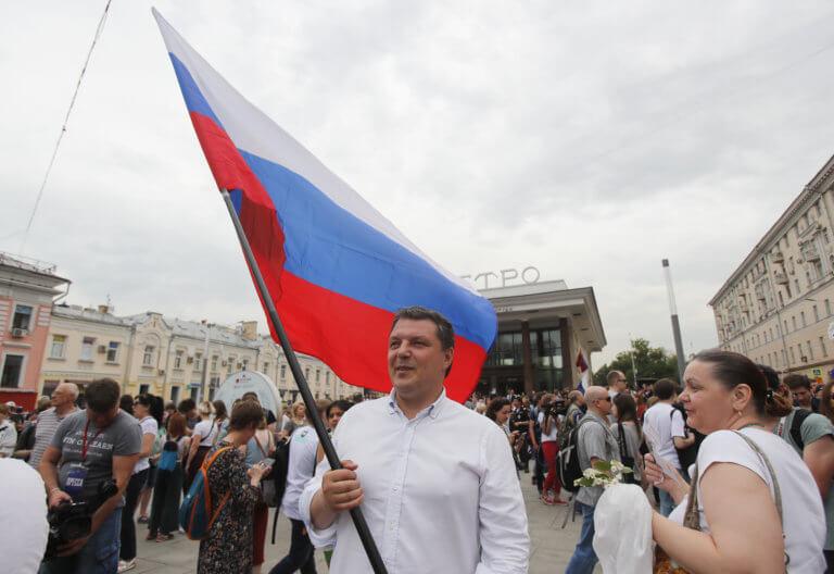 Ρωσία: Οι πολίτες πιστεύουν λιγότερο στα ζώδια, στους αστρολόγους και στα μάγια