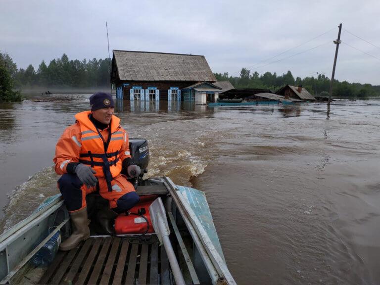 Ρωσία: Τουλάχιστον 14 νεκροί από τις πλημμύρες!