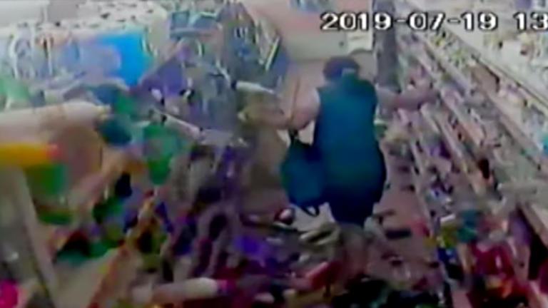 Σεισμός στην Αθήνα: Βίντεο που κόβει την ανάσα! Πολίτες έτρεχαν να σωθούν