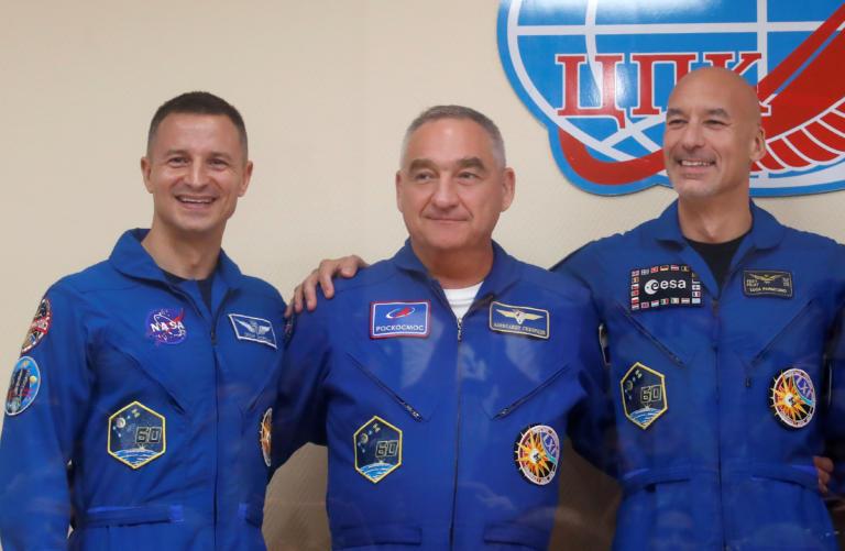 Το πλήρωμα του Soyuz MC-13 θα φέρει διακριτικά από την πτήση του Apollo 11