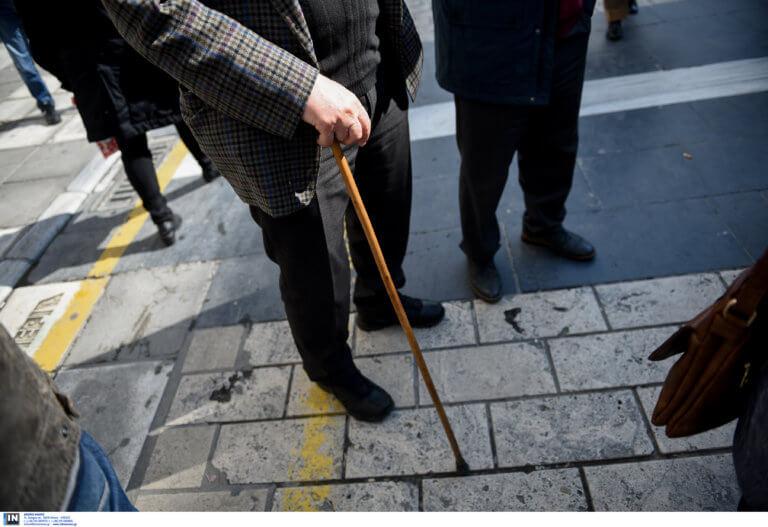 Τι αλλάζει στη συνταξιοδότηση εργαζομένων σε βαρέα και ανθυγιεινά επαγγέλματα