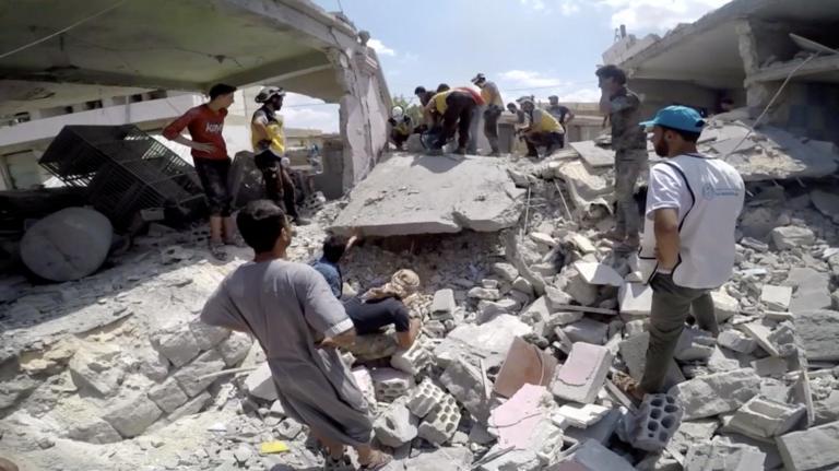 Συρία: 16 άμαχοι νεκροί σε ρωσική αεροπορική επιδρομή στην επαρχία Ιντλίμπ