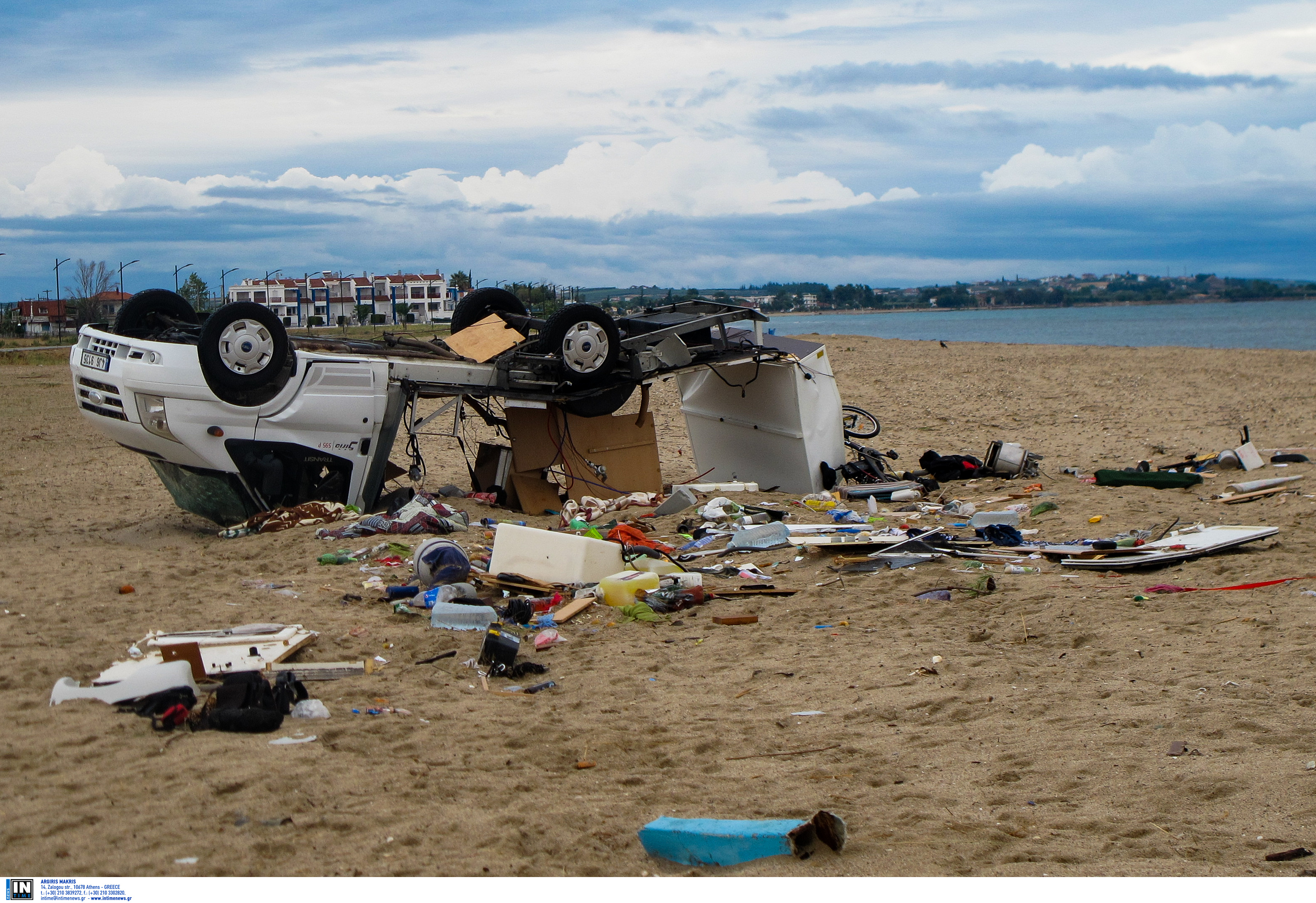Χαλκιδική: 7 οι νεκροί από τη φονική κακοκαιρία- Εντοπίστηκε πτώμα στην παραλία της Σωζόπολης!