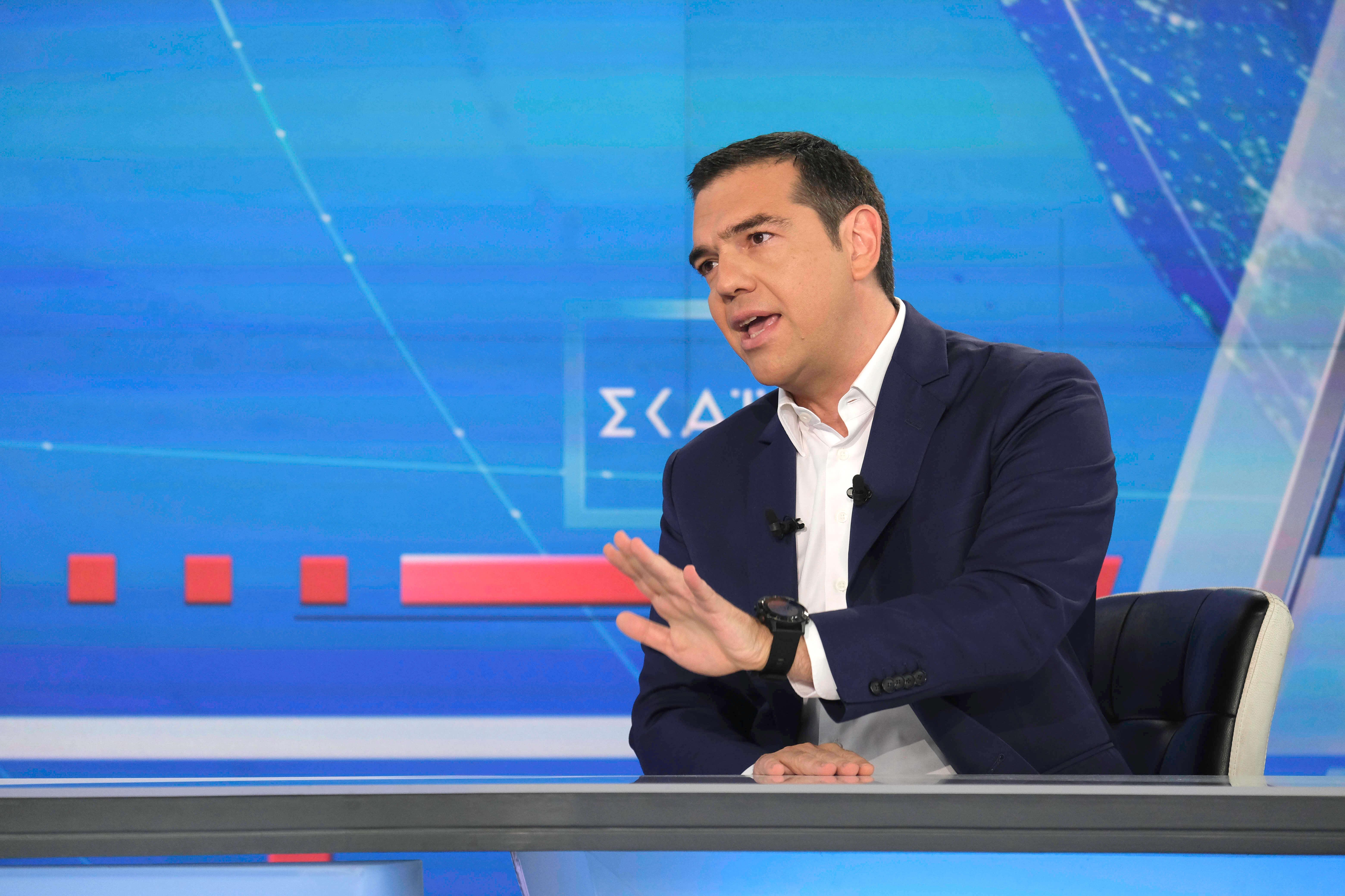"""Εκλογές 2019: Πως """"είδαν"""" στην κυβέρνηση τη συνέντευξη Τσίπρα στον ΣΚΑΙ"""