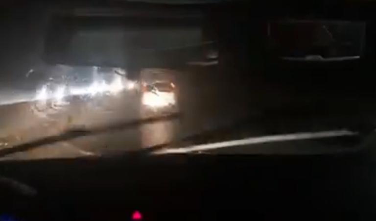 Καιρός Χαλκιδική: Ανεμοστρόβιλος, καταστροφές, κολόνες της ΔΕΗ στο δρόμο! video, pics