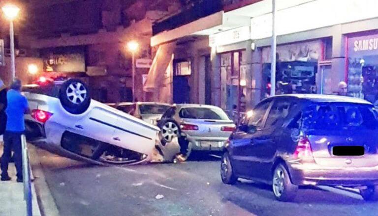 """Χανιά: Ξέφυγε από την πορεία του και πήρε """"σβάρνα""""… όποιο αυτοκίνητο βρέθηκε μπροστά του – video"""