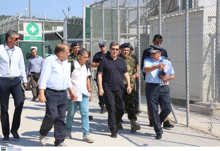 Μυτιλήνη: Οι πρώτες εντυπώσεις του Μιχάλη Χρυσοχοΐδη από τις αυτοψίες στα κέντρα φιλοξενίας μεταναστών [pics]