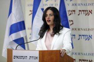 Αγιελέτ Σάκεντ: Το ανερχόμενο αστέρι της ισραηλινής Δεξιάς που αμφισβητεί τον Νετανιάχου