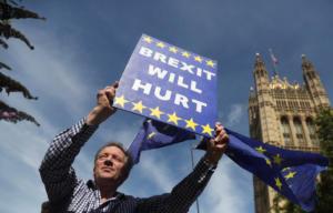 Brexit: Οργή για την απόφαση Τζόνσον για αναστολή λειτουργίας του βρετανικού κοινοβουλίου