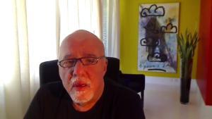 """Ο Κοέλιο ζητά συγγνώμη από τους Γάλλους για την """"υστερία του Μπολσονάρου"""""""