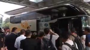 Εθνική Ελλάδας: Έφτασε στη Ναντζίνγκ! Πόλος έλξης ο Αντετοκούνμπο – video