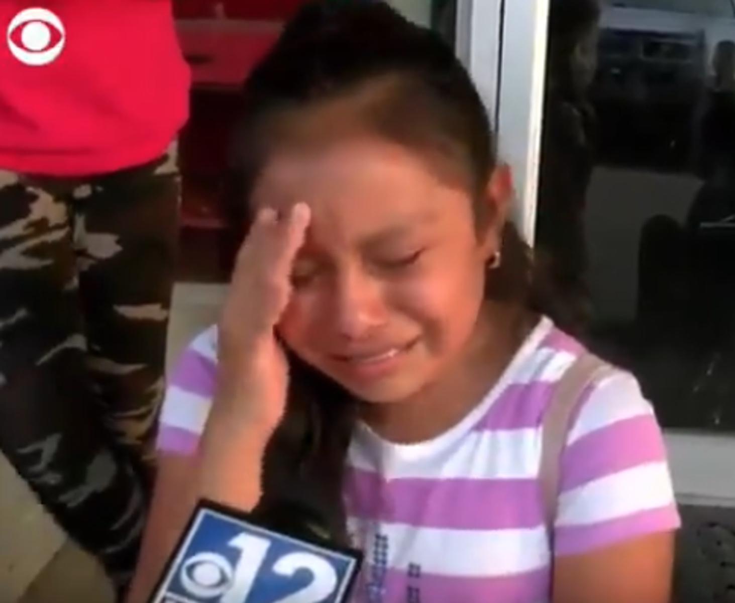 Το σπαρακτικό κλάμα της μικρούλας που οι πράκτορες του ICE χώρισαν από τον πατέρα της