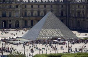 Μουσείο Λούβρου: Κάντε κράτηση, αλλιώς θα ταλαιπωρηθείτε – Αναμένει 10.000.000 επισκέπτες!