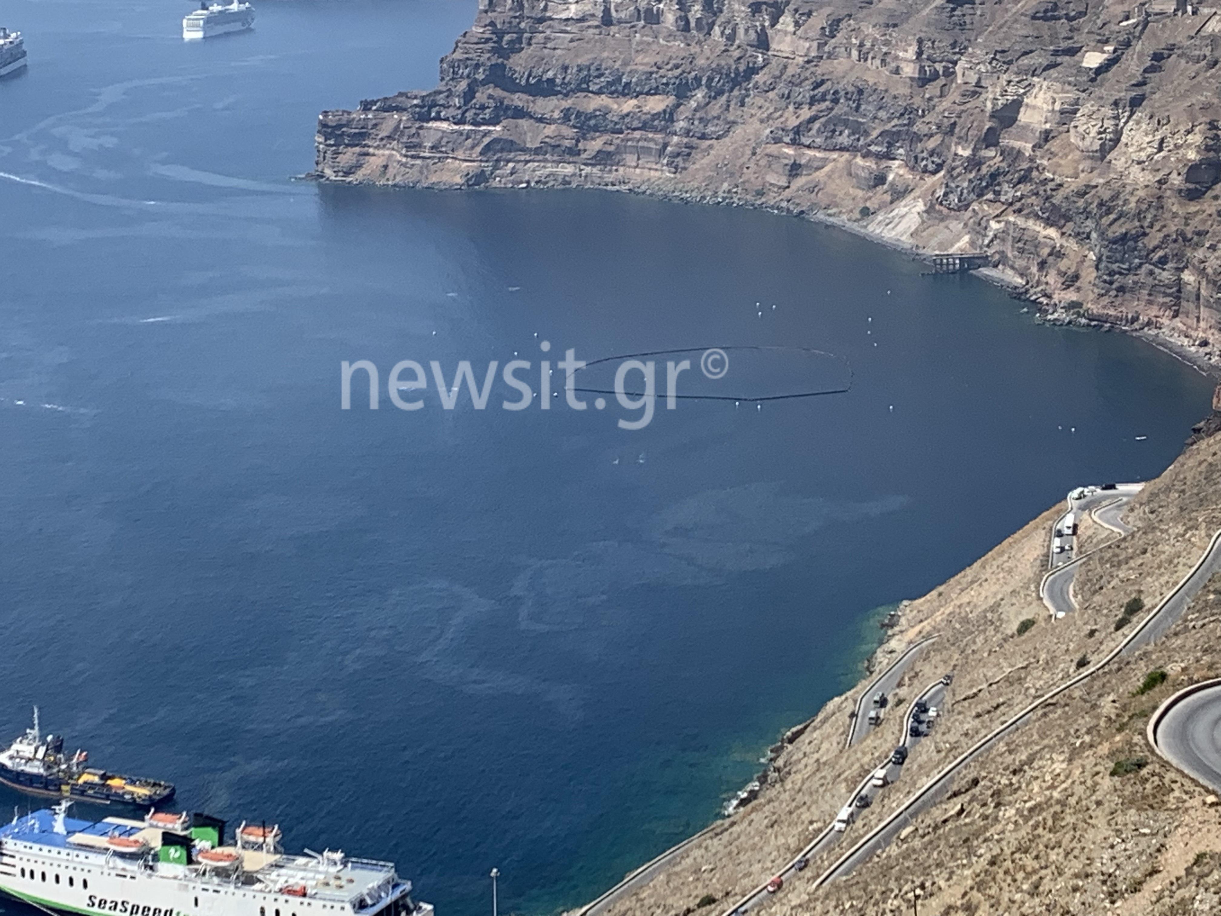 """Σαντορίνη: Πετρελαιοκηλίδα από τις ρωγμές του πλοίου """"Olympus"""" σημαίας Κύπρου!"""