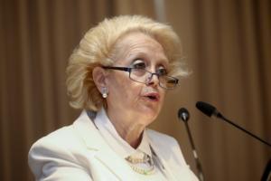 Θάνου: «Αντισυνταγματική» χαρακτηρίζει τη διάταξη για την εκπαραθύρωσή της