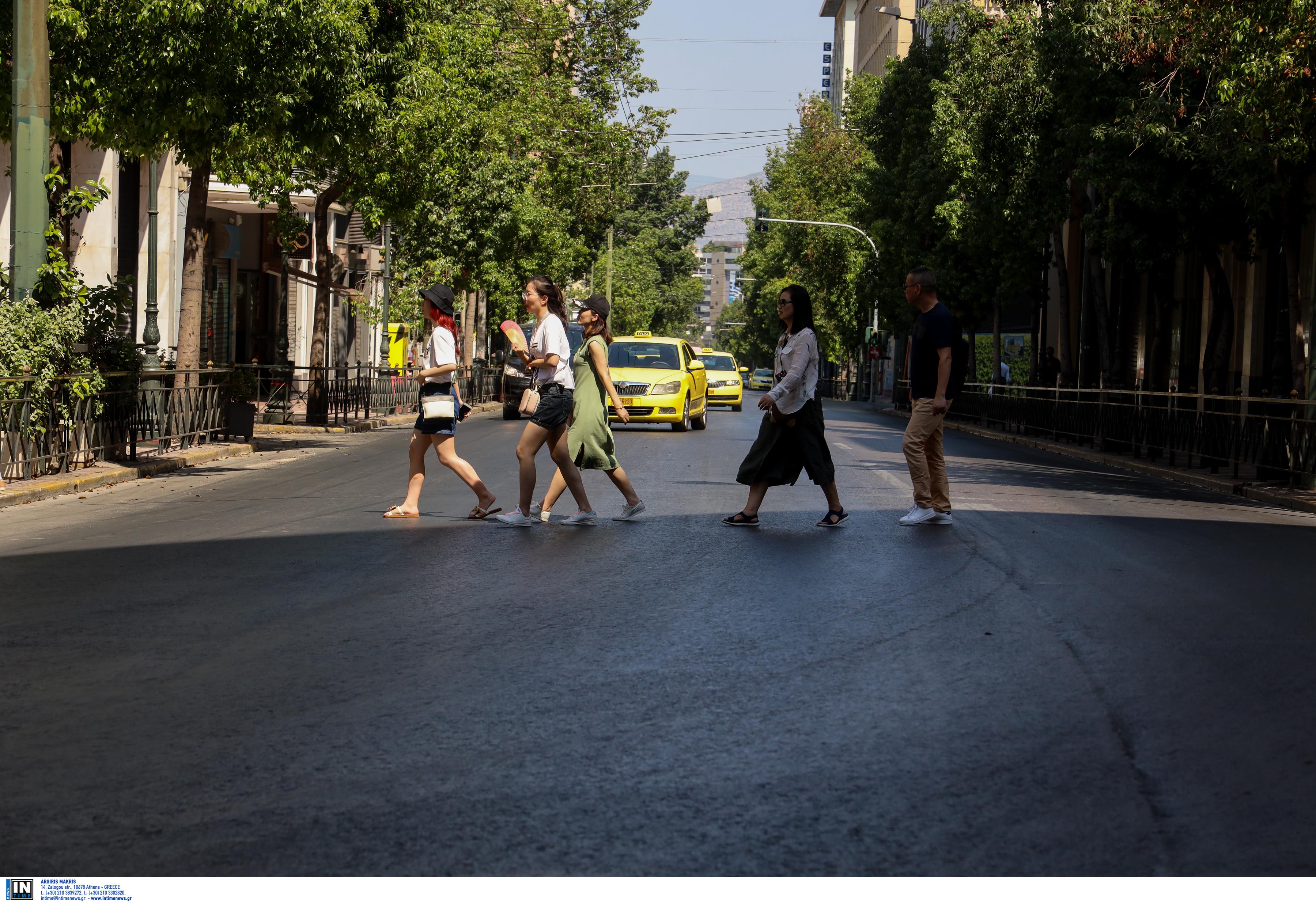 """""""Που πήγατε όλοι;"""" – Άδειο τοπίο η Αθήνα τον Δεκαπενταύγουστο!"""