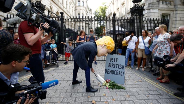 Brexit: Οργή για την απόφαση του Μπόρις Τζόνσον να αναστείλει την λειτουργία του κοινοβουλίου