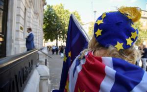 Πρόταση για μια κυβέρνηση αποκλειστικά από γυναίκες, ώστε να αποφευχθεί το Brexit
