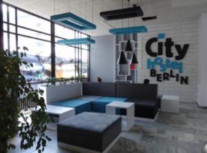 City Hostel: Το ξενοδοχείο του Κιμ Γιονγκ Ουν στο Βερολίνο προκαλεί αμηχανία στην κυβέρνηση