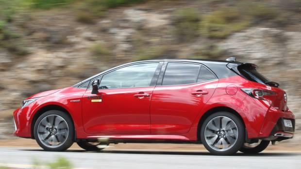 Δοκιμάζουμε την σπορ έκδοση της νέας υβριδικής Toyota Corolla [pics]