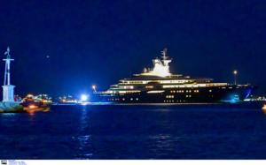 Ο Εμίρης του Κατάρ με το… φτωχικό του στο Ναύπλιο!