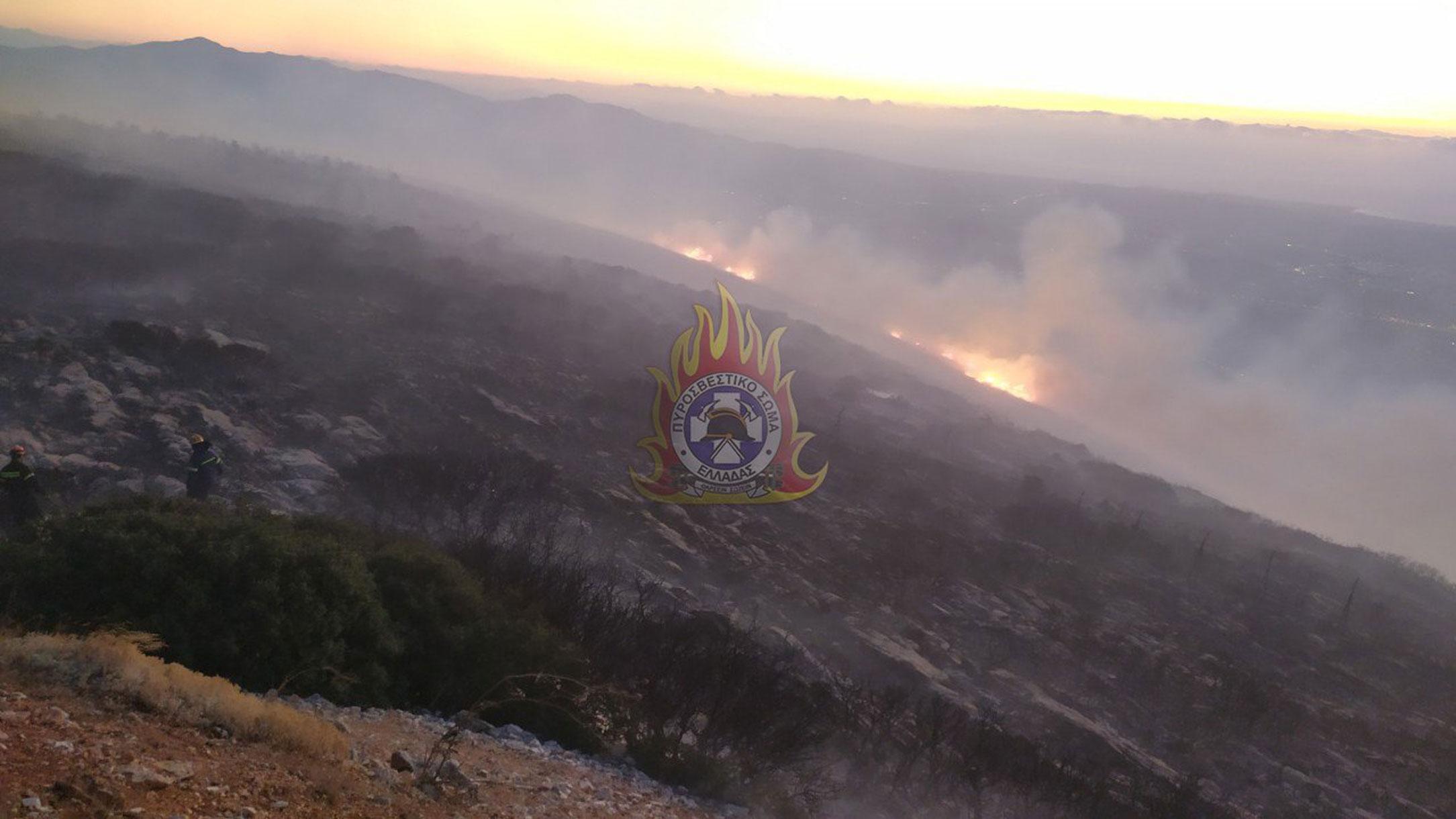 Φωτιά στην Παιανία – Στις φλόγες ο Υμηττός