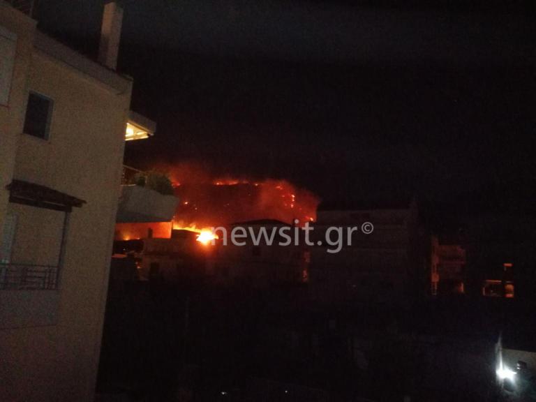 """Φωτιά Υμηττός: Οι στιγμές πανικού μέσα από μαρτυρίες κατοίκων! """"Ακούστηκαν εκρήξεις"""" – video"""